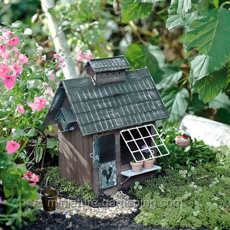 Birder's Cottage | Where to Buy Miniature and Fairy Garden Houses – Part I | Lush Little Landscapes