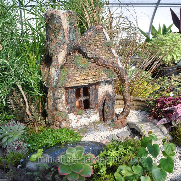 Enchanted Hollow | Where to Buy Miniature and Fairy Garden Houses – Part I | Lush Little Landscapes