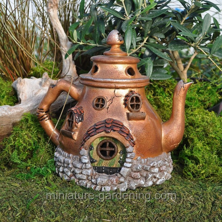 Tea Pot House | Where to Buy Miniature and Fairy Garden Houses – Part I | Lush Little Landscapes