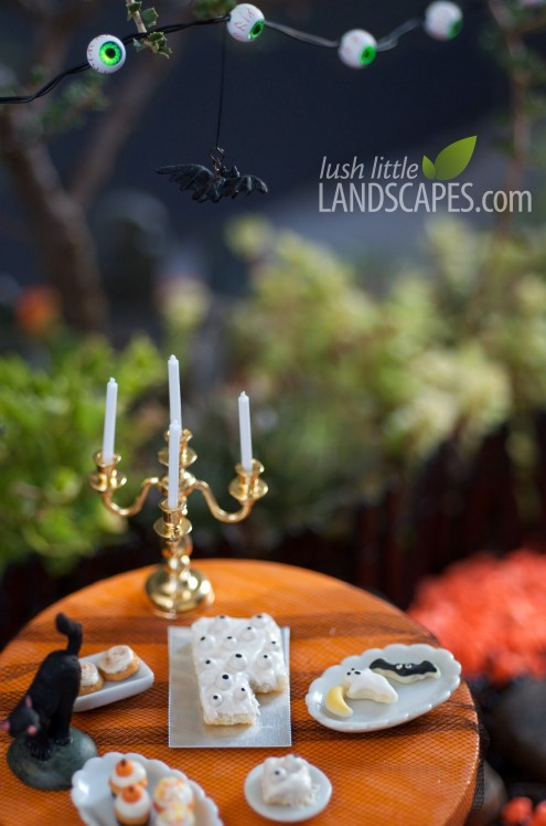 Halloween Miniature Garden at Lush Little Landscapes